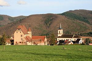 Walbach, Haut-Rhin - Image: Château, église Walbach (7)