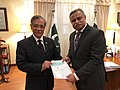 Chairman Pakistan National Shipping Corporation (PNSC) Mr. Rizwan Ahmed Presenting Cheque To Chief Justice Of Pakistan Mr. Justice Mian Saqib Nisar For Diamer Bhasha And Mohmand Dam.jpg