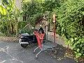 Chariot Supermarché Abandonné Panneau Bouche Incendie 940330078 Rue Joinville Fontenay Bois 1.jpg