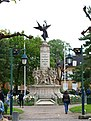 Charleville-08-monument aux morts-A01.JPG