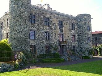 Château d'Opme - Image: Chateau d'Opme Facade
