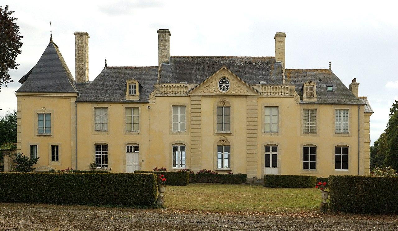 Le château de Villeray.