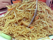Chicken chow mein by roland in Vancouver.jpg