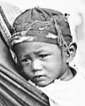 Child face detail, from- A mother and child in morning dress, Bak-sa Wellcome L0056711 (cropped).jpg