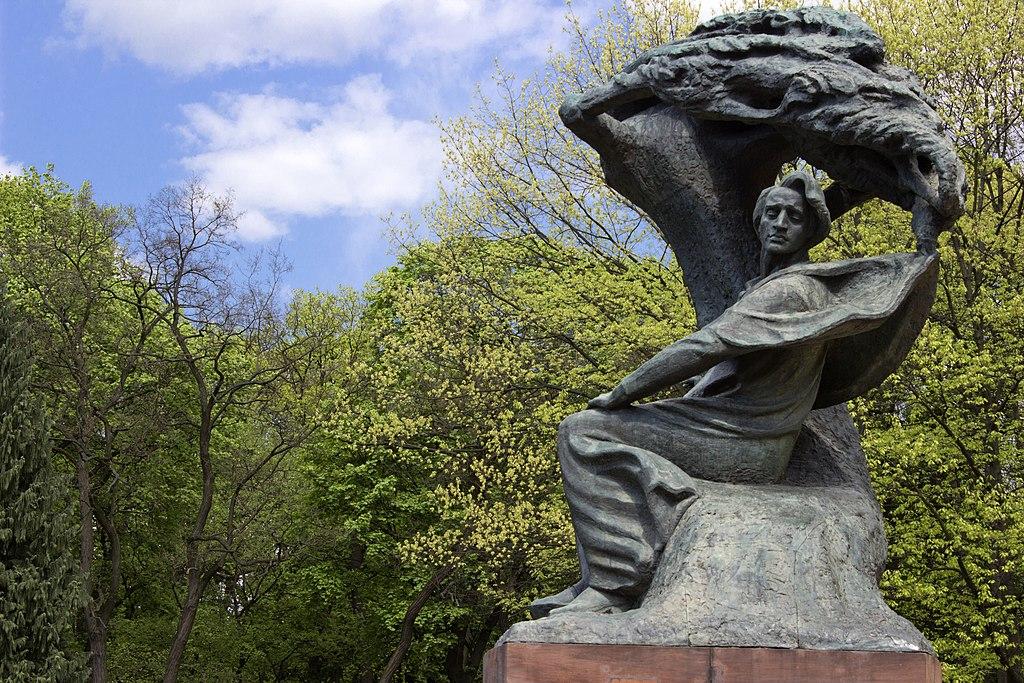 Chopin monument - panoramio.jpg