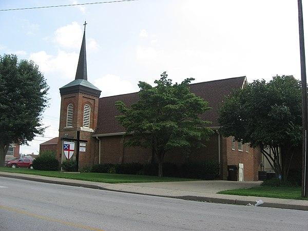 Superior Churches In Radcliff Ky #1: 600px-Christ_Episcopal_Church_in_Elizabethtown.jpg
