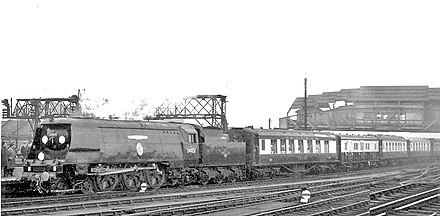 Sir Winston Churchill's funeral train passing Clapham Junction Clapham Junction Sir Winston Churchill's Funeral Train geograph-2675150-by-Ben-Brooksbank.jpg