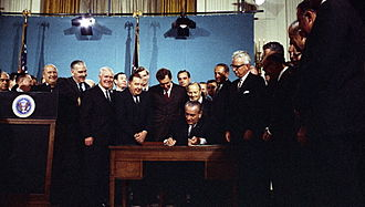 Clean Air Act (United States) - President Lyndon B. Johnson signing the 1967 Air Quality Act in the East Room of the White House, November 21, 1967.