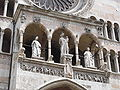 Cremona-dome-facade-statues-by-Franck Fleschner.jpg