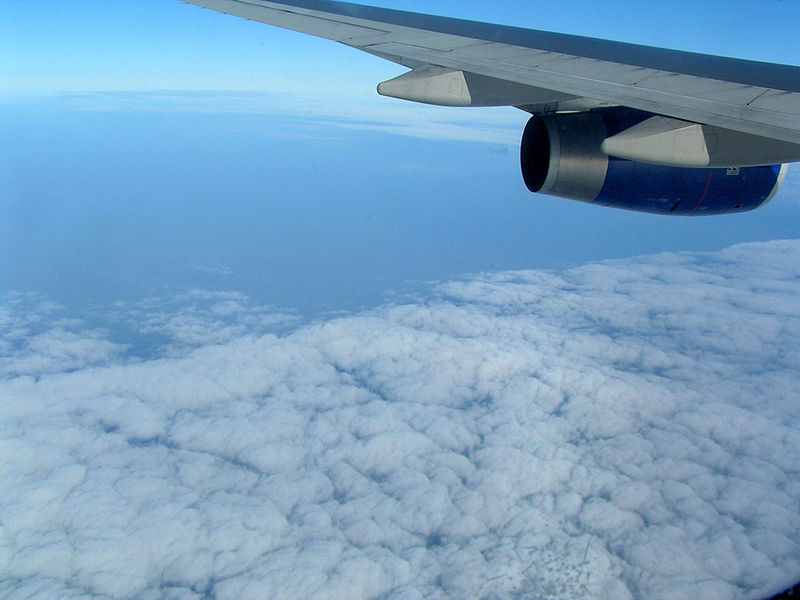 Cúmulos sobre el Mar de China.