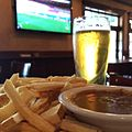 Curry and Chips, Stella, Futbol. (14341704420).jpg