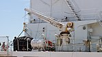 Deck crane(right) of JCG Settsu(PLH-07) at Port of Kobe July 22, 2017 01.jpg