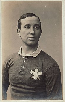 Dick Jones - Rugby player.jpg