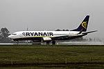 EI-DLD 737 Ryanair SCQ.jpg