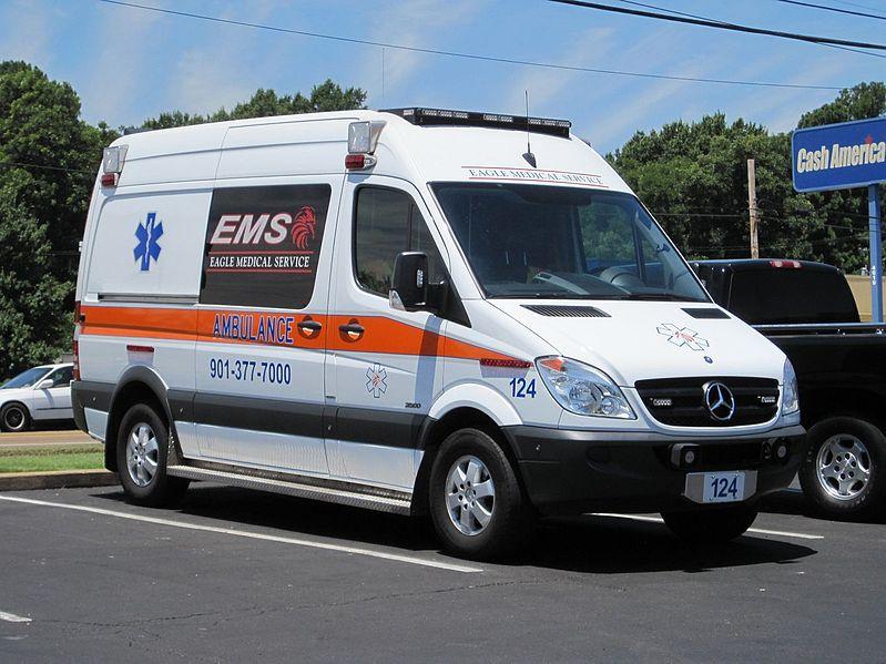 File eagle medical service mercedes benz ambulance memphis for Mercedes benz in memphis tn