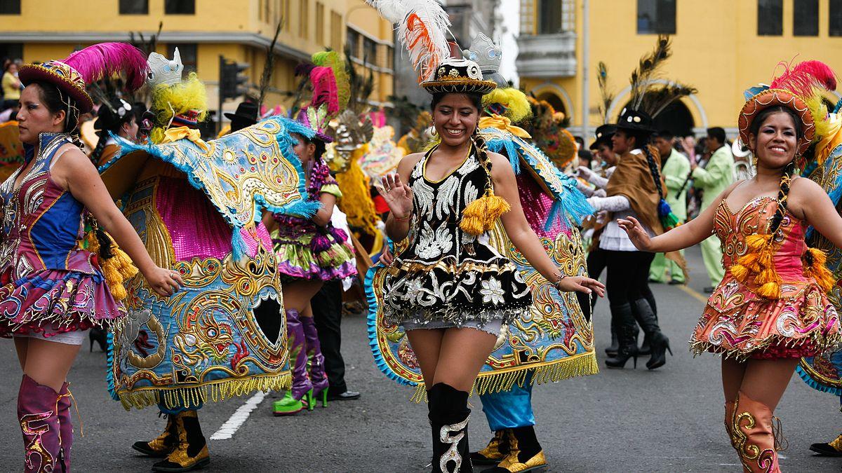 Baile sexy de mexicana - 5 1
