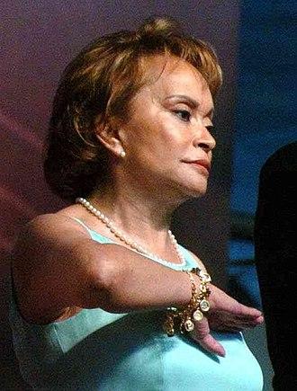 Elba Esther Gordillo - Elba Esther Gordillo