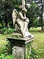 Engelsskulptur, Blumenfriedhof. 01.jpg