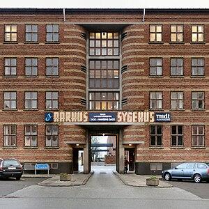 Axel Høeg-Hansen - Image: Entrance to Amtssygehuset in Aarhus