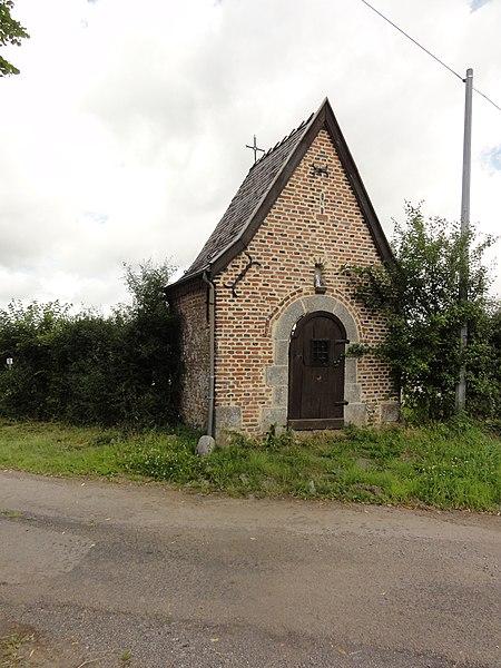 Eppe-Sauvage (Nord, Fr) chapelle St.Ursmer, Rue d'En Haut