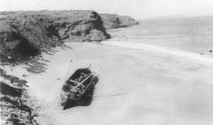 Ethel (ship, 1876), wreck near Cape Spencer - SLSA B46477.jpg