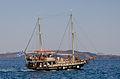 Excursion boat - Athinios port - Santorini - Greece - 04.jpg