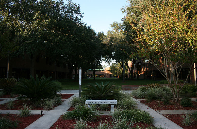 File:FCCJ Kent Campus Memory Garden.JPG