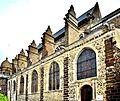 Façade sud de l'église saint Pierre.jpg