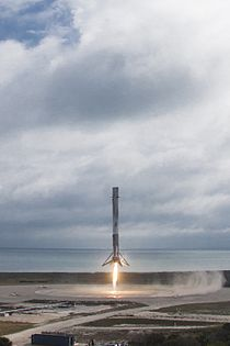 Falcon 9 first stage lands on LZ-1 (32183025803).jpg