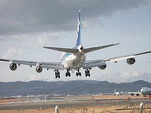 Maailman lentokoneet ilmassa
