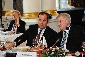 Josef Pröll - Josef Pröll and Minister President of Bavaria Horst Seehofer at the 2008 EPP summit