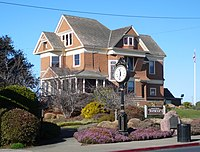 Fort Bragg CA Guest House Museum.jpg