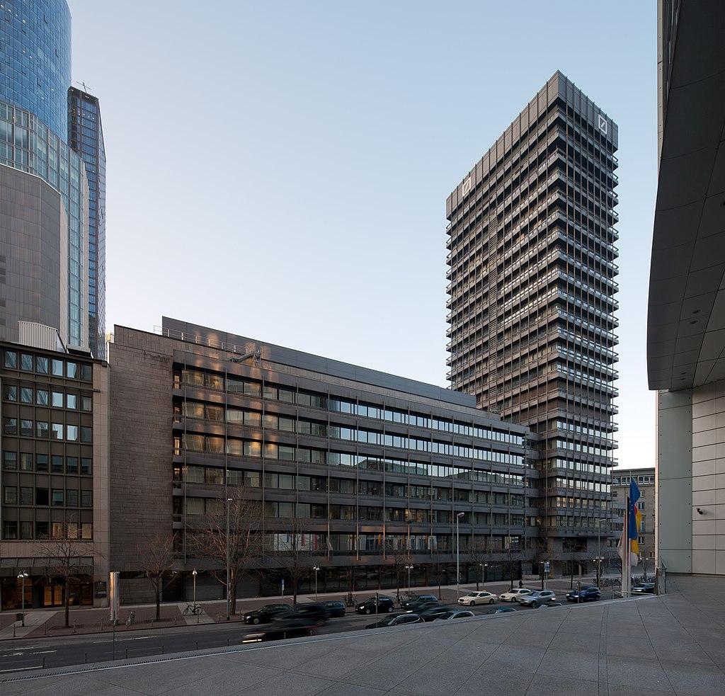 Frankfurt Am Main-Deutsche Bank IBCF von Suedwesten-20120315.jpg