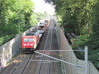 Hamburg freight rail bypass - A freight train on the bypass in 2011
