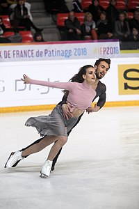 Gabriella Papadakis and Guillaume Cizeron at 2018 Internationaux de France-Ice dancing-IMG 6333.jpg