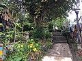 Garden of the centro educativo Pavarotti.jpg