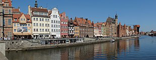 Gdańsk Główne Miasto - Długie Pobrzeże (2010).jpg