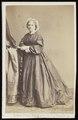Ghémar, Frères - carte de visite, Portret van een oude vrouw, staand.tif