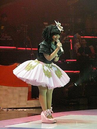 Gita Gutawa - Gutawa in the Kotak Musik Gita Gutawa concert, 2008