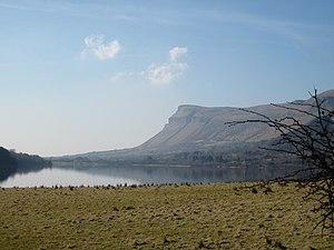 Glencar Lough - West towards Benbulbin