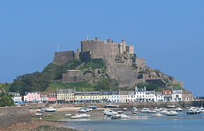 Gorey and Mount Orgueil from the south.jpg