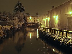 Night view of the Naviglio Martesana canal in Gorgonzola.