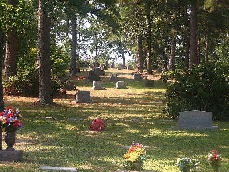 File:Graves at Greenwood Memorial Park IMG 1121.JPG