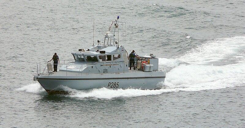 800px-HMS_Sabre_-_P285.jpg