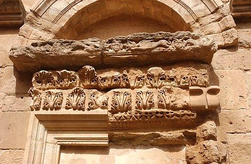 Hatra-Ruins-2006-2