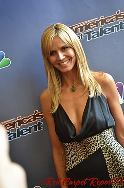 Heidi Klum Judges Red Carpet event April 2014