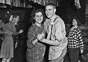 High school dance, 1941. Worthington (Ohio) Hi...