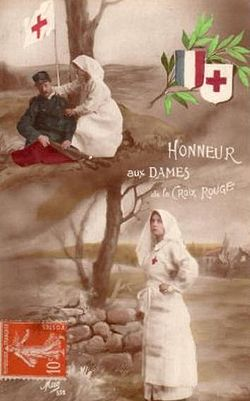 French postcard celebrating the role of Red Cross nurses during the First World War, 1915.