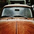 Hood windshield Volkswagon beetle (Unsplash).jpg