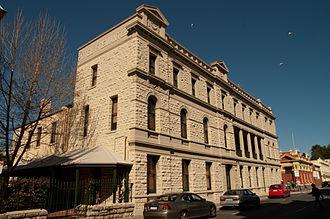 High Street, Fremantle - Hotel Fremantle (built 1899) on High Street in 2012